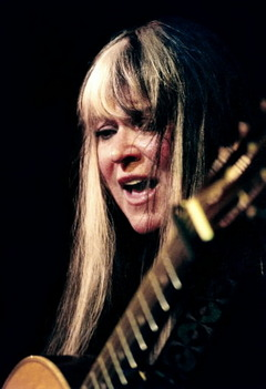 Woodstock Legend Melanie and Performance in the Digital Age (1/2)